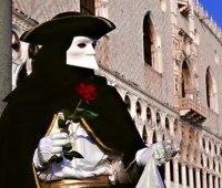 一度は参加してみたい幻想的なヴェネツィアの仮面舞踏会