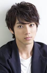 山田裕貴 元ゴーカイブルーの華麗なヘアスタイル